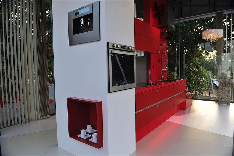 SILESTONE quartz kuhinja Rosso Monza